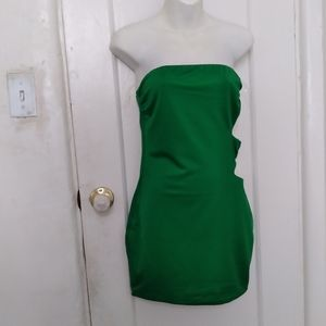 Makers Of Dreams Off Shoulder  R Dress M Green